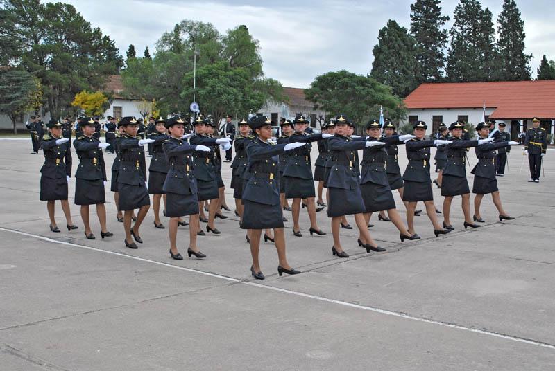 Entrega de uniformes 2010  6b71edde1a8b1