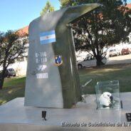 Inauguración en la ESFA de Monumento Conmemorativo al 31º Aniversario del Bautismo de Fuego de la Fuerza Aérea Argentina